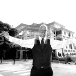 Ben w Arms Wide BW zoom blur