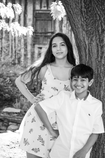 19-4_FAM_Keller Children_WEB 1200pxls PICKS-3900
